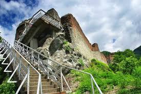 Ruinele Cetatii poienari